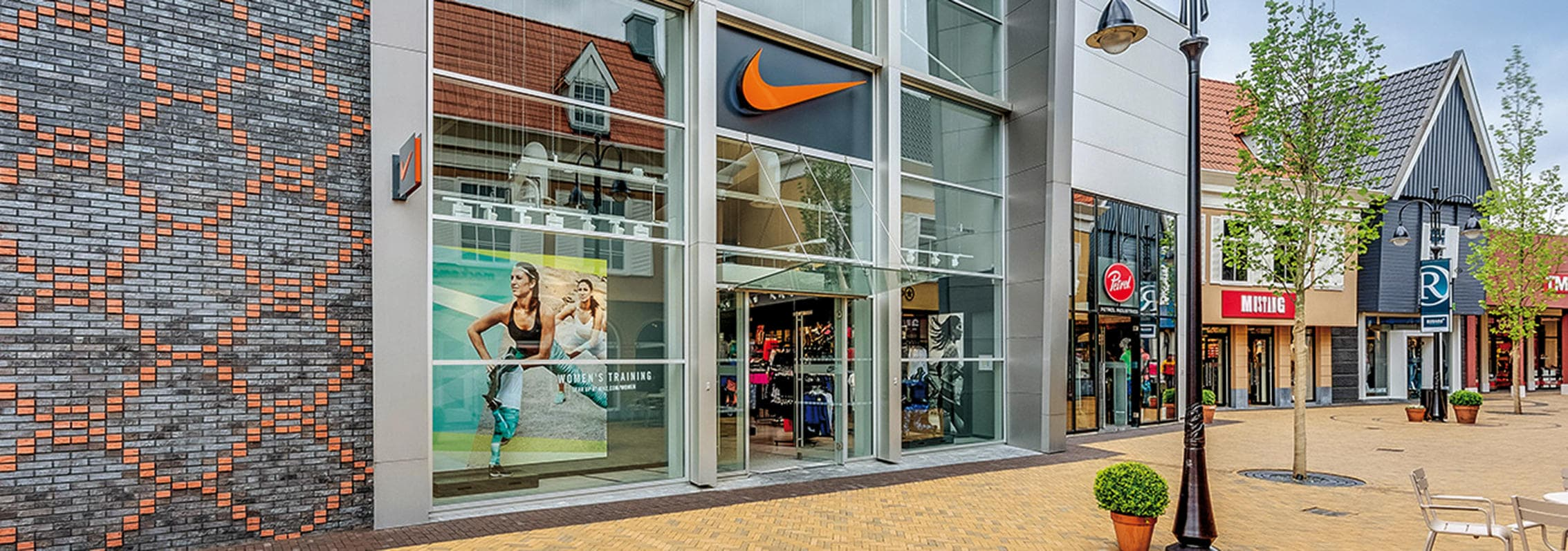 Nike op Rosada Fashion Outlet