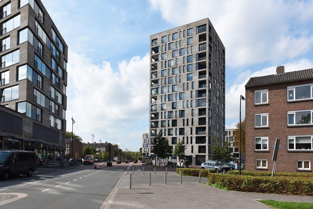 Nieuwbouw woontoren Teun aan de Dr. Struyckenplein te Breda