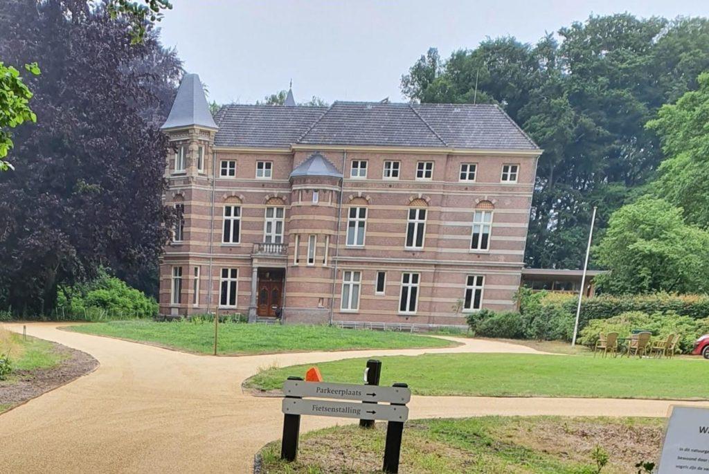 Wonen bij September, Stoutenburg